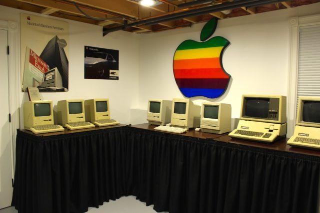 Alex Jason, Apple-verzameling