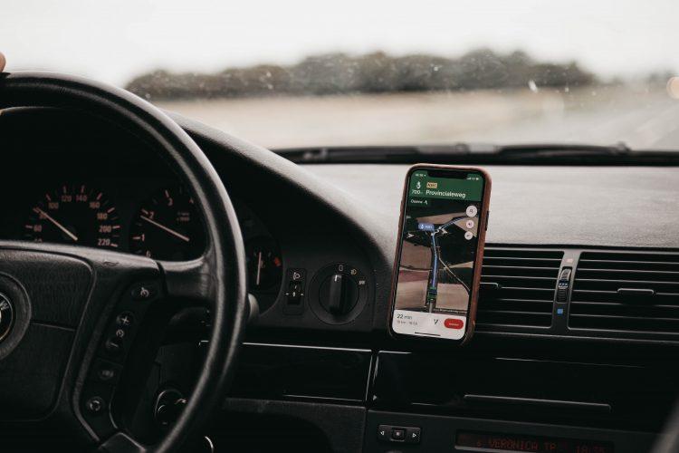 Auto iPhone