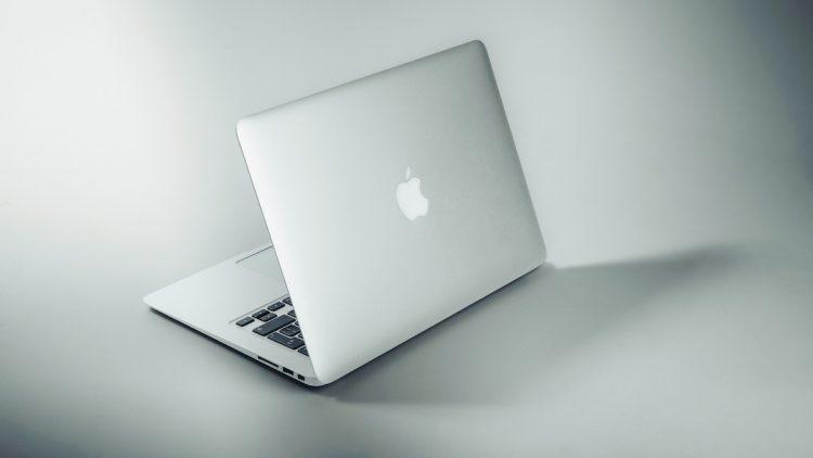 MacBook Pro 2021 met SD
