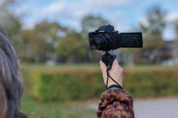 panasonic lumix g100 vlogcamera