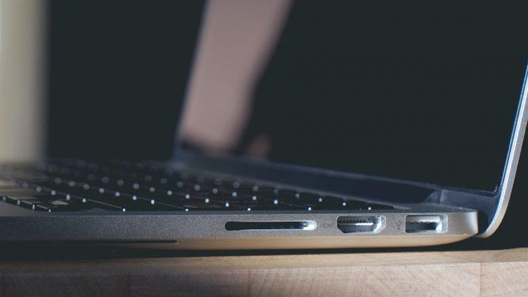 MacBook Pro 2021 met HDMI