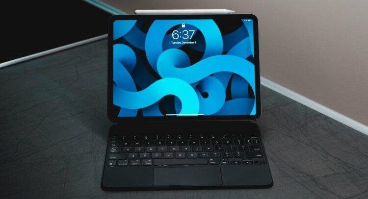 iPad Air 2020 Smart Connector